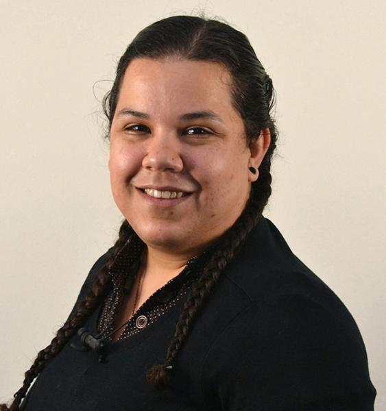 profile photograph of Alethea Perez